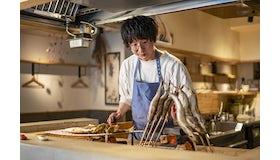 海鮮バルでは選魚職人とイタリア料理人が腕を振るいます。